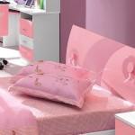 Dormitor Fete Roz sau Mov