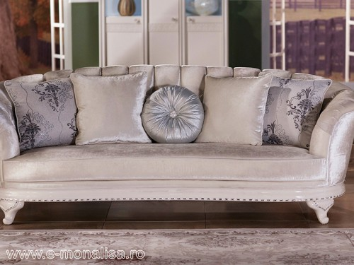 Canapea stil Baroc