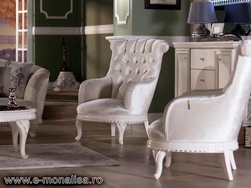 Canapea stil baroc barok canapele clasice de vanzare for Divan livrare