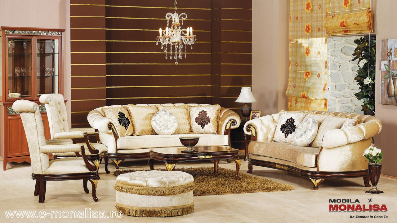 Canapele clasice pret mese si scaune de bucatarie for Canapele extensibile de o persoana